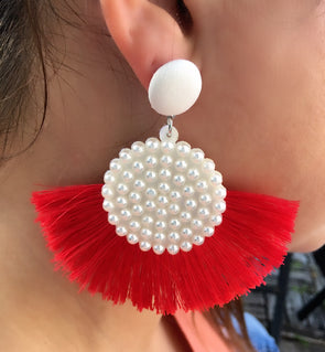 Can't Decide Pearls Earring