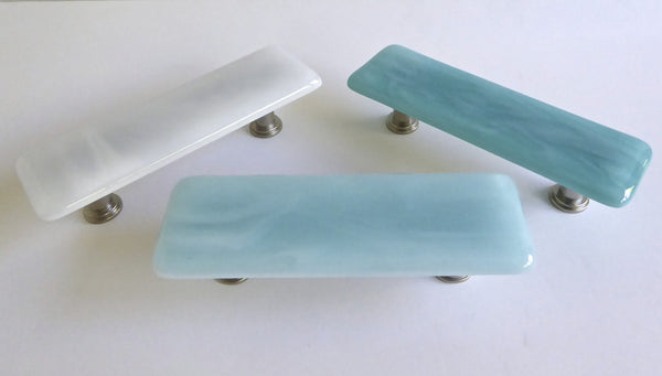 Decorative Streaky Fused Glass Cabinet or Drawer Pulls
