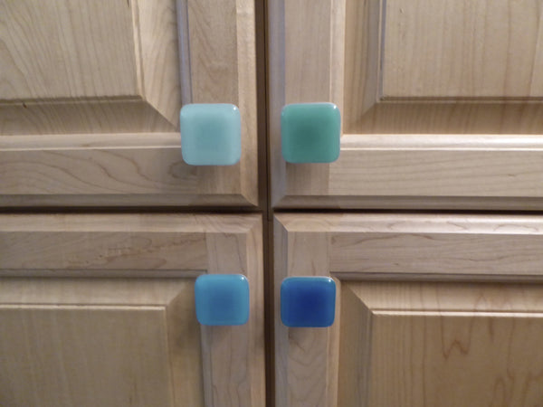 Spa Style Decorative Fused Glass Cabinet Door Knobs