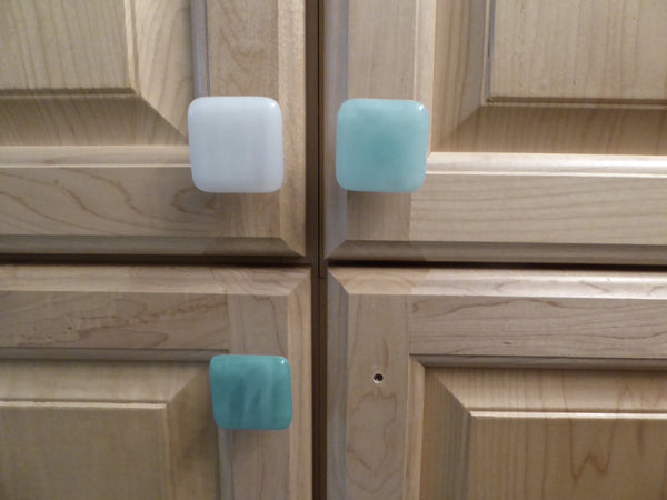 Streaky Fused Glass Cabinet Door Knob-3