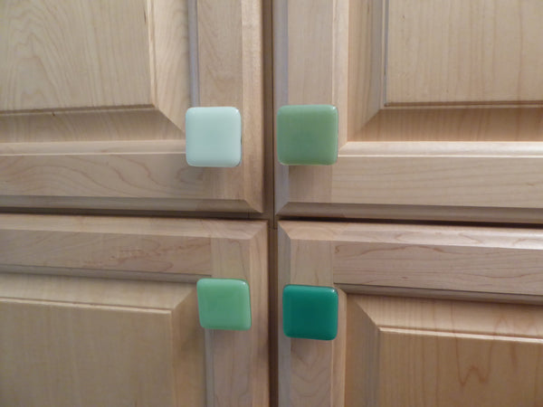 Green Fused Glass Cabinet Door Knobs-3