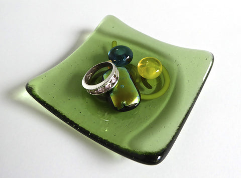 Fused Glass Ring Dish in Leaf Green