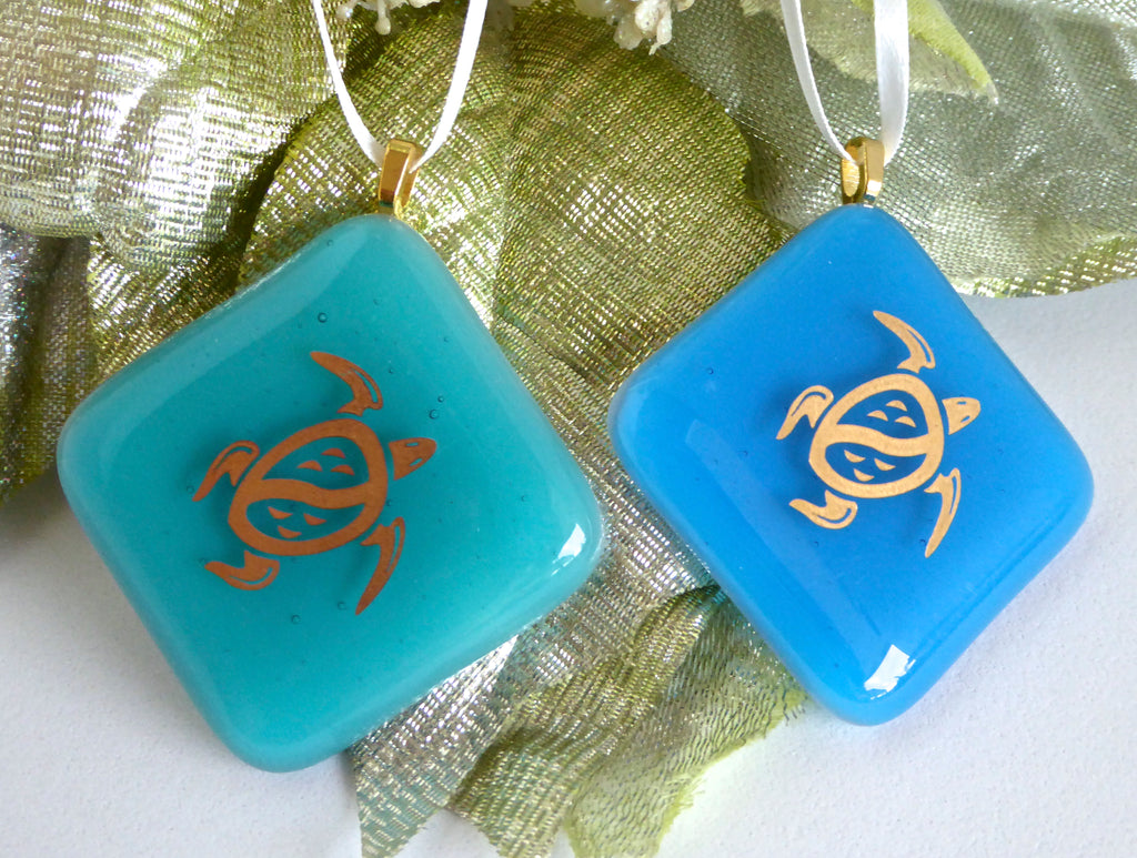 Pair Of Sea Turtle Fused Glass Ornaments Bpr Designs