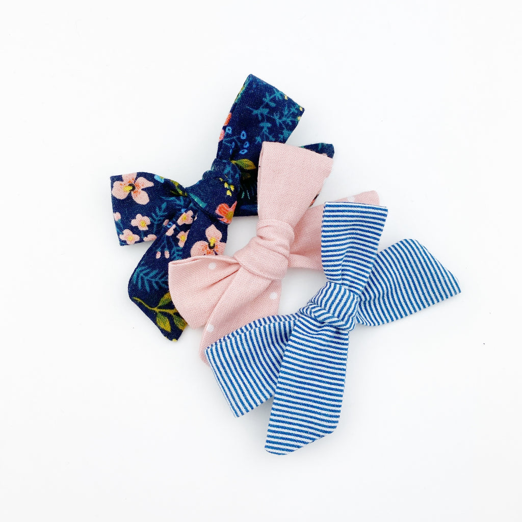 Sydney Bow - Navy Floral Set