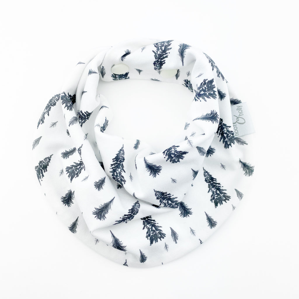 Drool Scarf - Snowy Pines