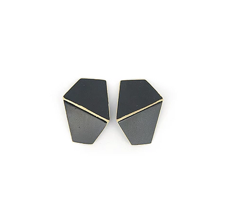 Folded earrings- black