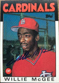 Willie McGee Signed 1986 Topps Baseball Card - St Louis Cardinals - PastPros