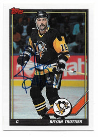 Bryan Trottier Signed 1991-92 Topps Hockey Card - New York Islanders