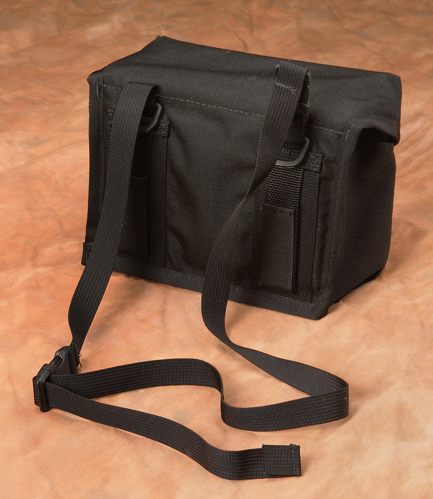 Optional Y208 strap can be clipped onto the bag for use over a shoulder or around a tripod.