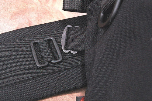 E190 — Tall Medium Lens Pouch (TwinBuckle attach)