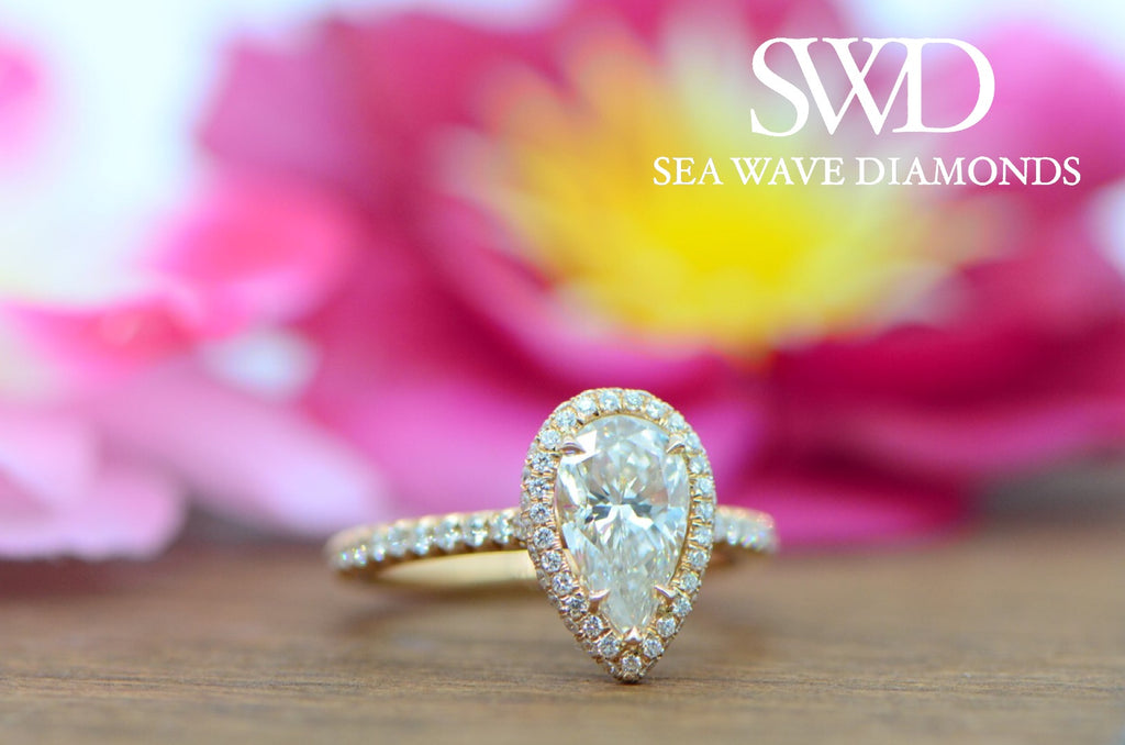 Pearfection! - Pear Shaped Diamond Engagement Rings!