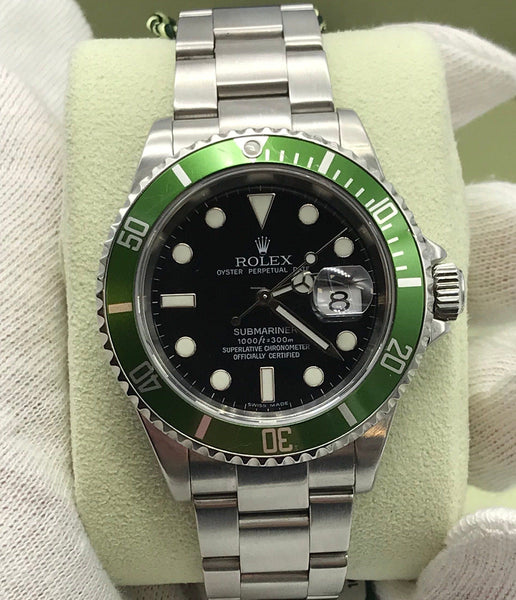Rolex 40MM Pre-Owned Submariner Date with Box and Papers 2007 Kermit 16610LV