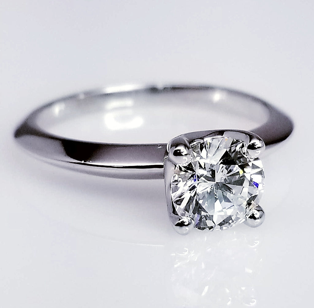 Solitaire Round Cut Diamond Engagement Ring ENGR02317