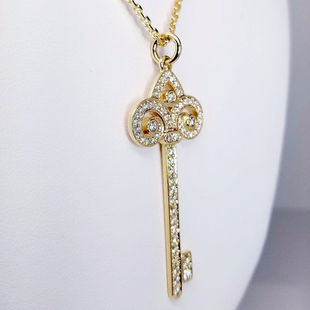 Diamond Key Yellow Gold Pendant 1.35cts - SEA Wave Diamonds