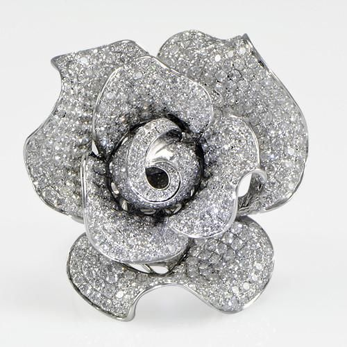 Diamond Rose Ring Celebrity Style in 18K White Gold (7.50 ct. tw.)