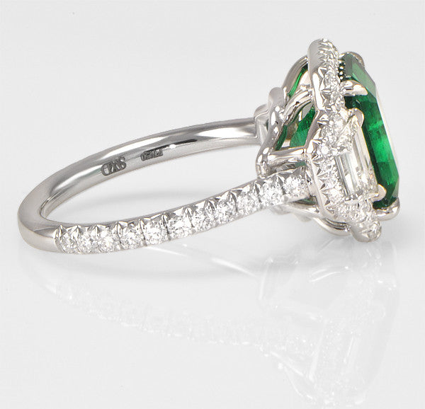 Green Emerald And Diamond Engagement Ring in Platinum (1.47 ct. tw.)