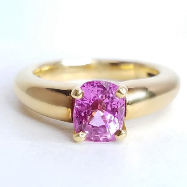 Oval Pink Sapphire Yellow Gold Ring - SEA Wave Diamonds