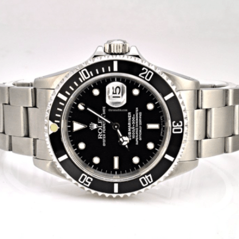 Rolex Submariner / Stainless Steel / 16610 Kseries