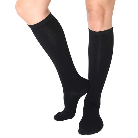 Far Infrared Circulation Knee Socks in Black