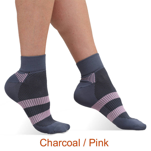 Charcoal - Pink Infrared Quarter Crew Socks for Running