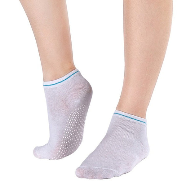 White Non Slip Women's Therapy Pilates Socks