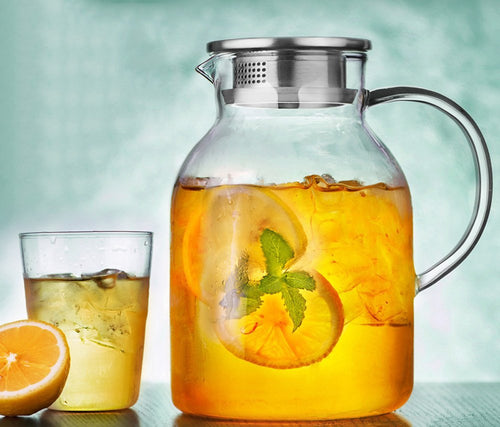 Iced Tea Pitcher made of Borosilicate Glass with lemon