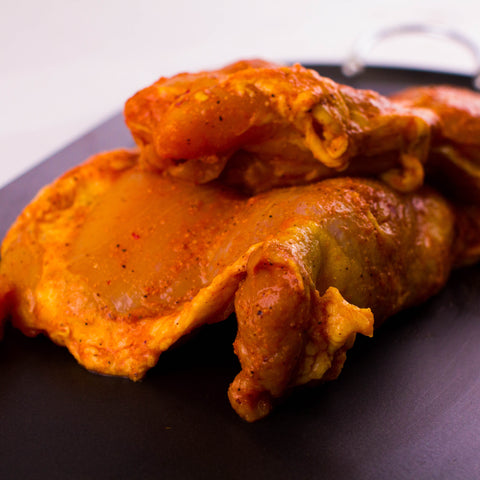 BONELESS MARINATED CHICKEN LEG/PIERNAS MARINADAS SIN HUESO LB