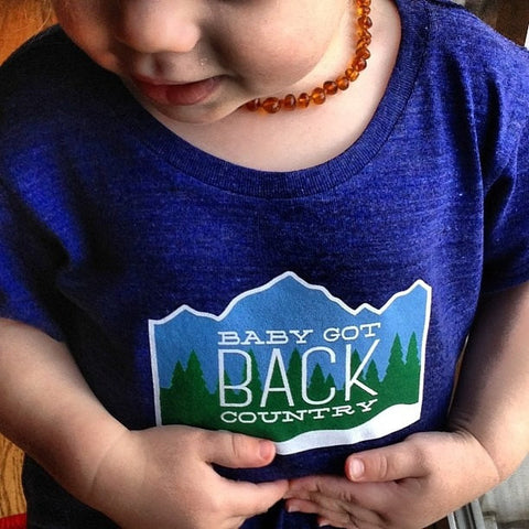 Baby Got Backcountry Toddler Tshirt-Hens and Chicas