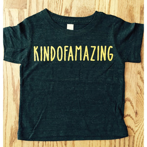 Kindofamazing cool tshirt for babies and toddlers-Hens and Chicas