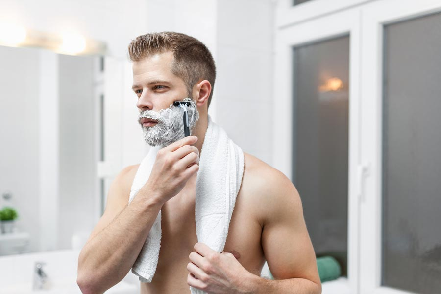 How To Properly Shave With Acne