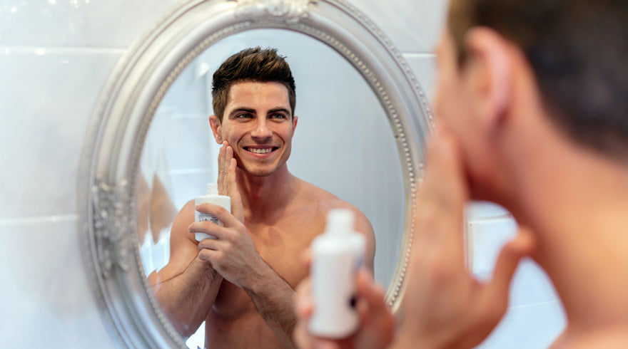 The Simplest Skin Care for Men's Faces to Hold onto Youth as Long as Possible