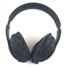 Load image into Gallery viewer, Headphone Covers (Black Camo)