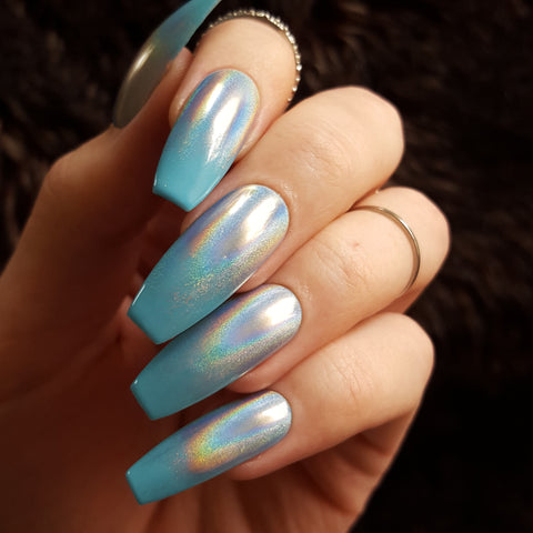 Aqua Holographic Gradient Glue on Fake Nails