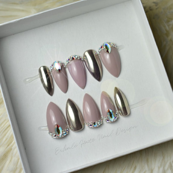 Luxury Swarovski – Exhale Hate Nail Design