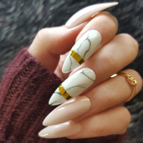 Nude x Marble Glue on Fake Nails