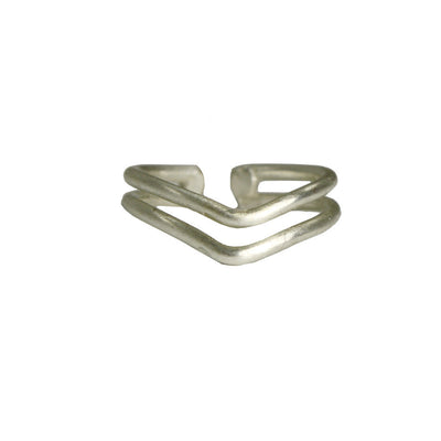 Double V Ring in Silver