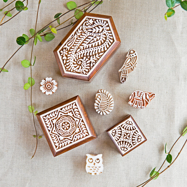 Small box intricately carved from sustainably sourced Indian Rosewood and hand painted with a lovely white finish.