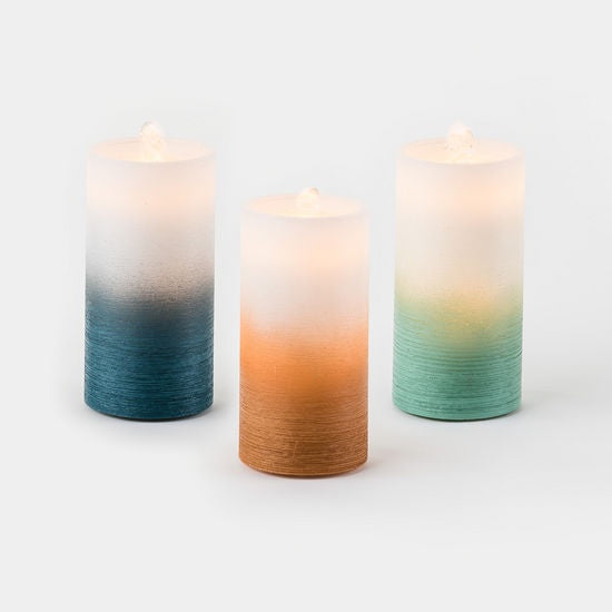 Water Wick Pillar Candle - Ombre