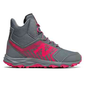 Girls New Balance 700 Trail Pink
