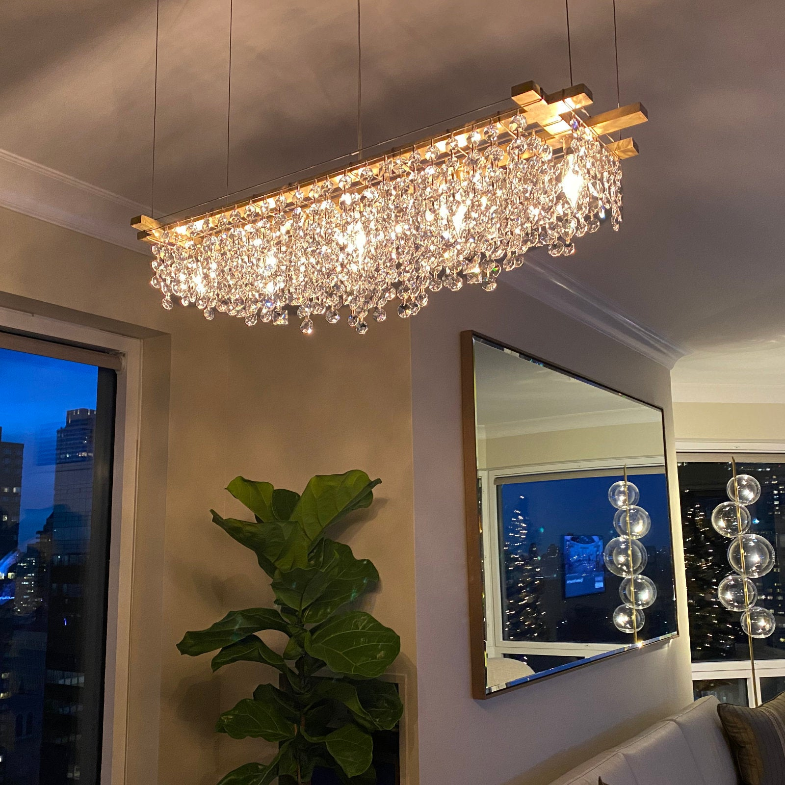 Modern chandeliers made with high quality bronze