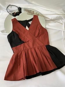 Patch Sleeveless Peplum Top (17350)