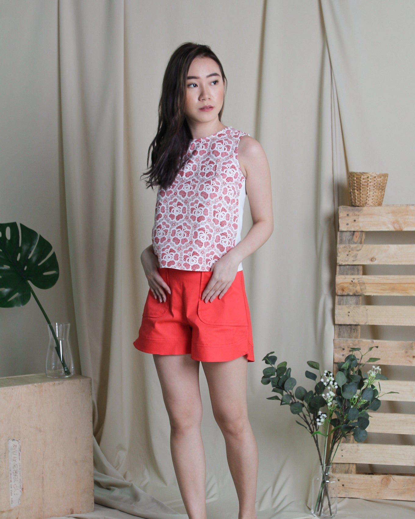 Besty Red Shorts (58238)