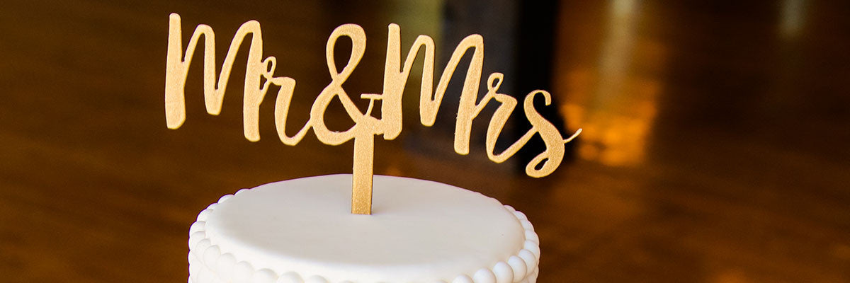 Bridal-Cake-Toppers-Mr-and-Mrs