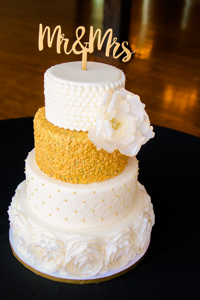 Mr-Mrs-Wedding-Cake-Engagement-Topper-Gold
