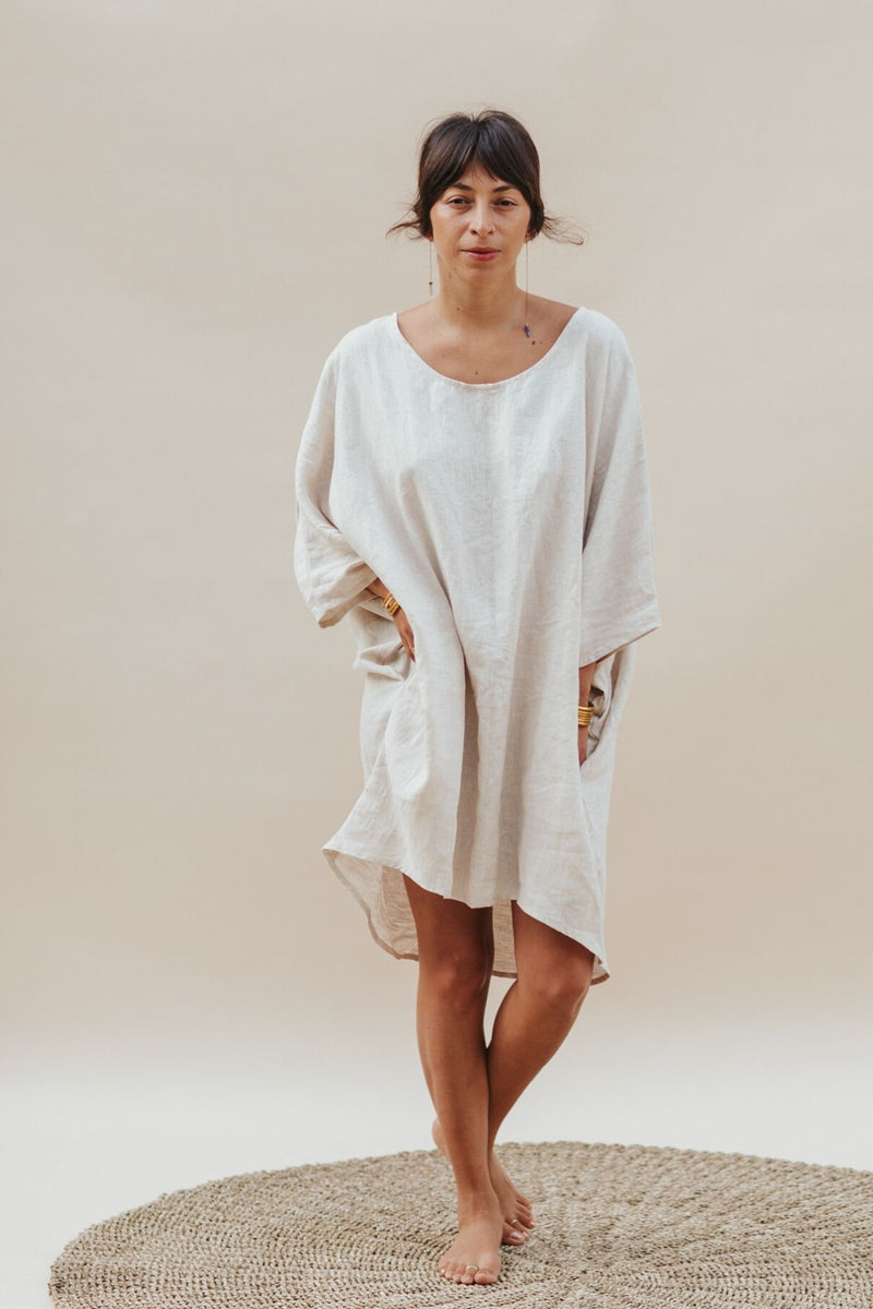 La Tierra Butterfly Tunic (100% Linen, Light Flax)