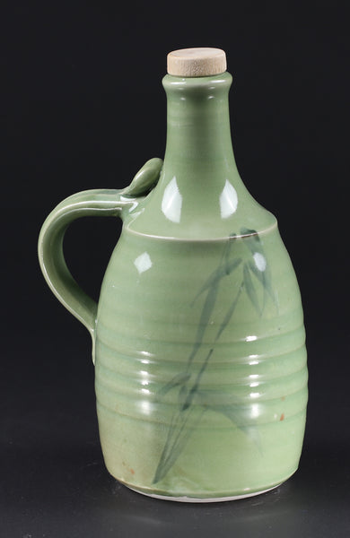 1-liter Bottle: Green Celadon Bamboo Pattern