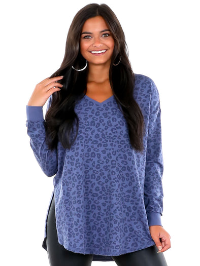 Z Supply V-Neck Vintage Blue Leo Weekender