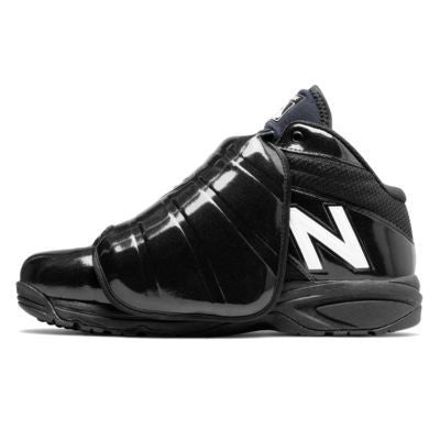 New Balance V3 MLB Mid Cut Plate Shoe - Black/White