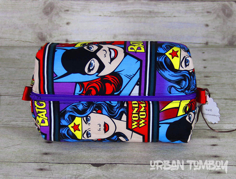 Supergirl Face Block Boxy Travel Bag