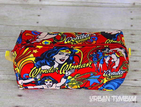 Wonder Woman Red Boxy Travel Bag